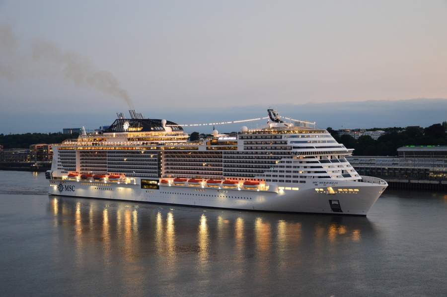 Holiday Vacation In Bali And Singapore Via A Cruise