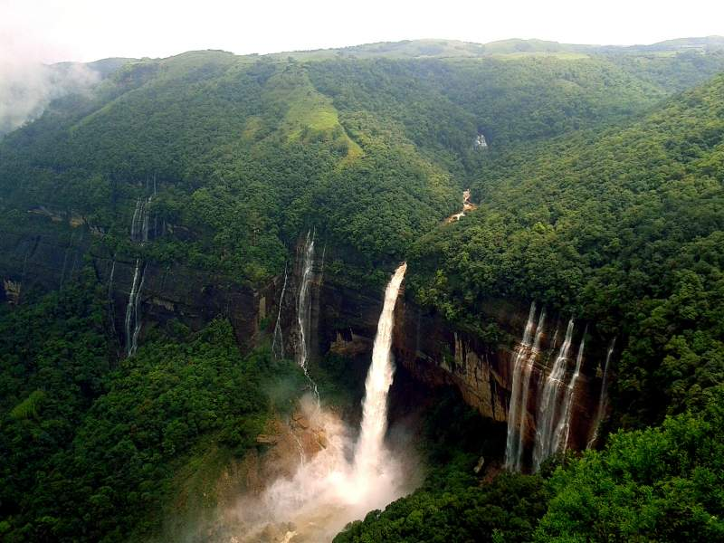 6 Majestic Places to Explore in North East India