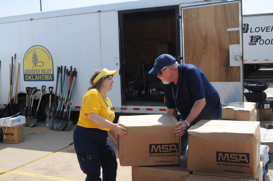 Benefits of Hiring Qualified Moving Companies