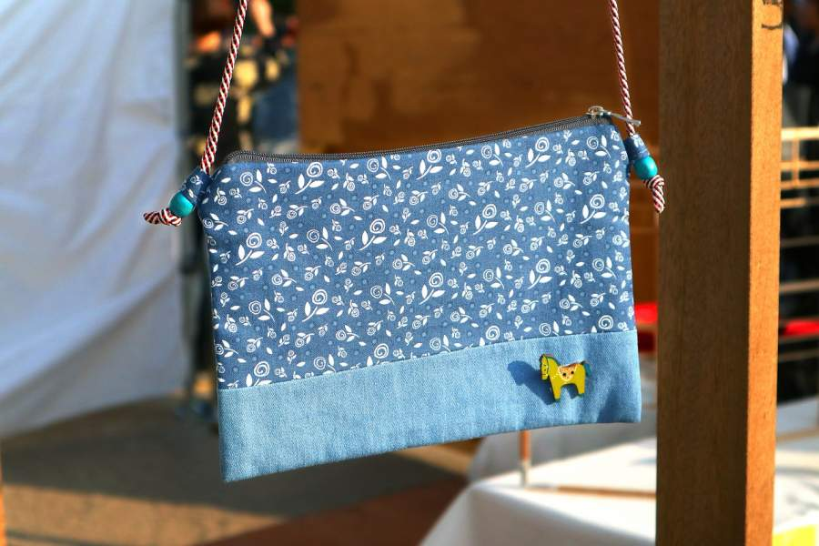 9 Different Uses of Pouch Bags