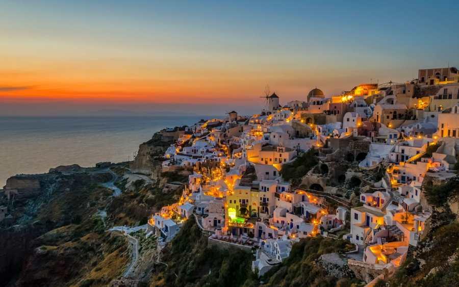 Top 7 Amazing Destinations for Greek Islands Holidays