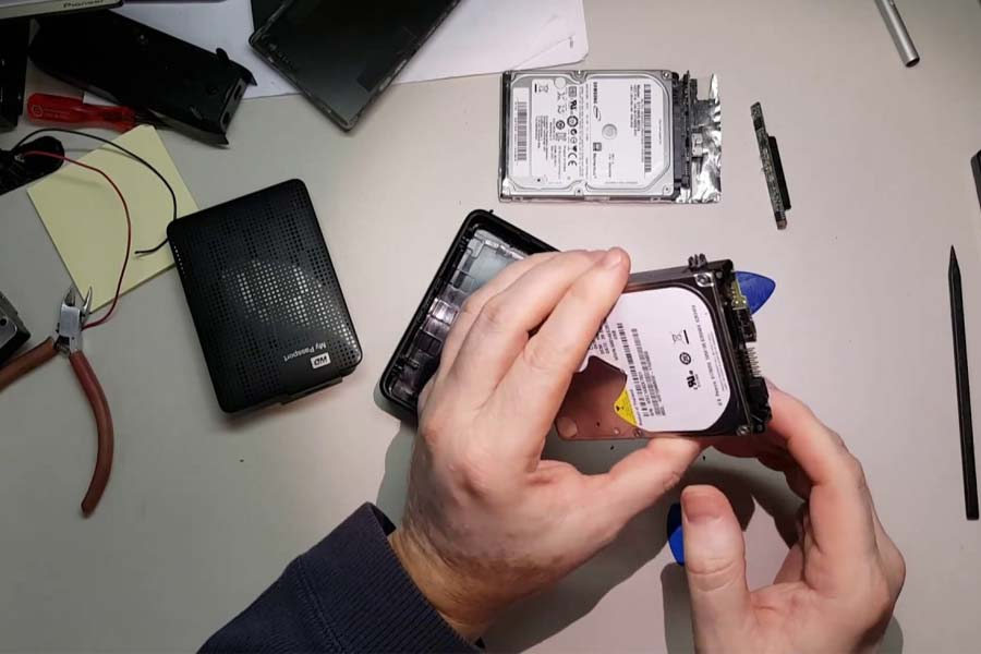 How to Recover Lost Data from Corrupted Hard Drive
