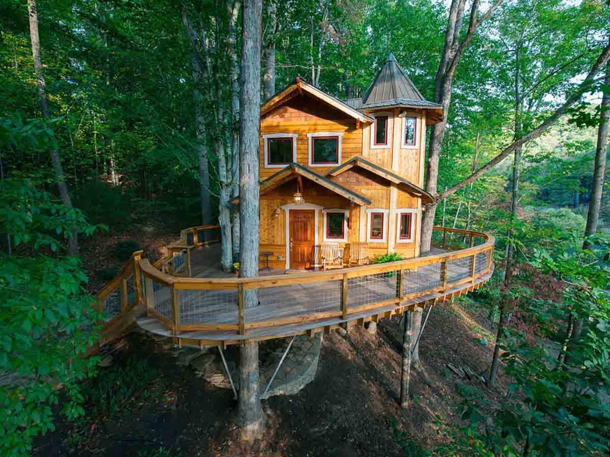 10-Amazing-Tree-Houses-for-