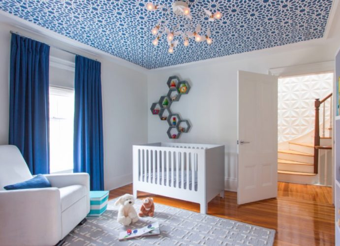 Put wallpaper or paint the ceiling