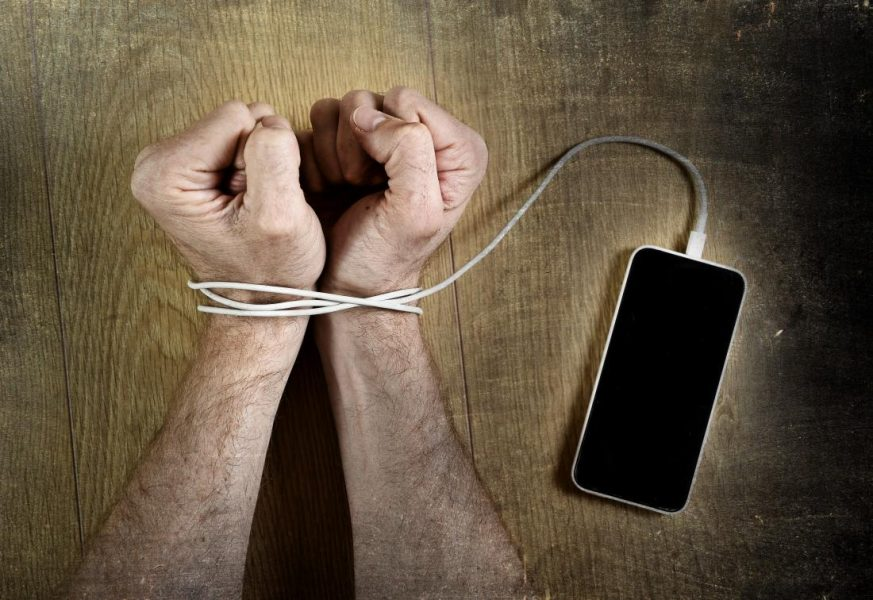 12 Social Dangers of Technology Addiction You Might Not be Aware of