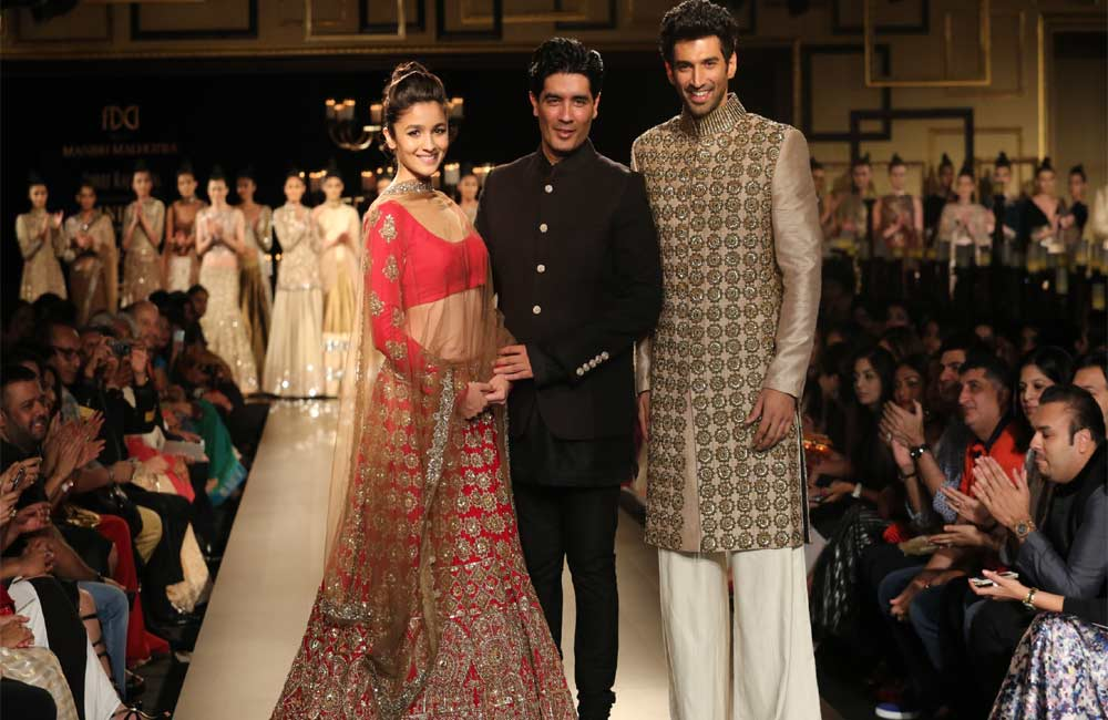 Top Indian Fashion Designers