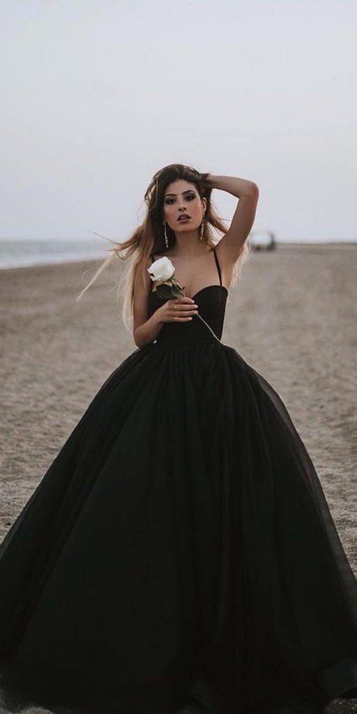 Black Grape Color
