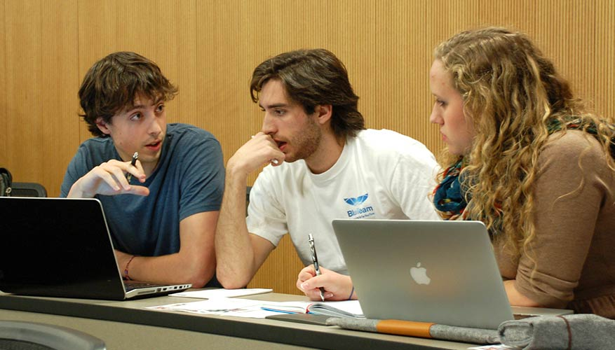 6 Best Solutions for Writing Your Papers in College