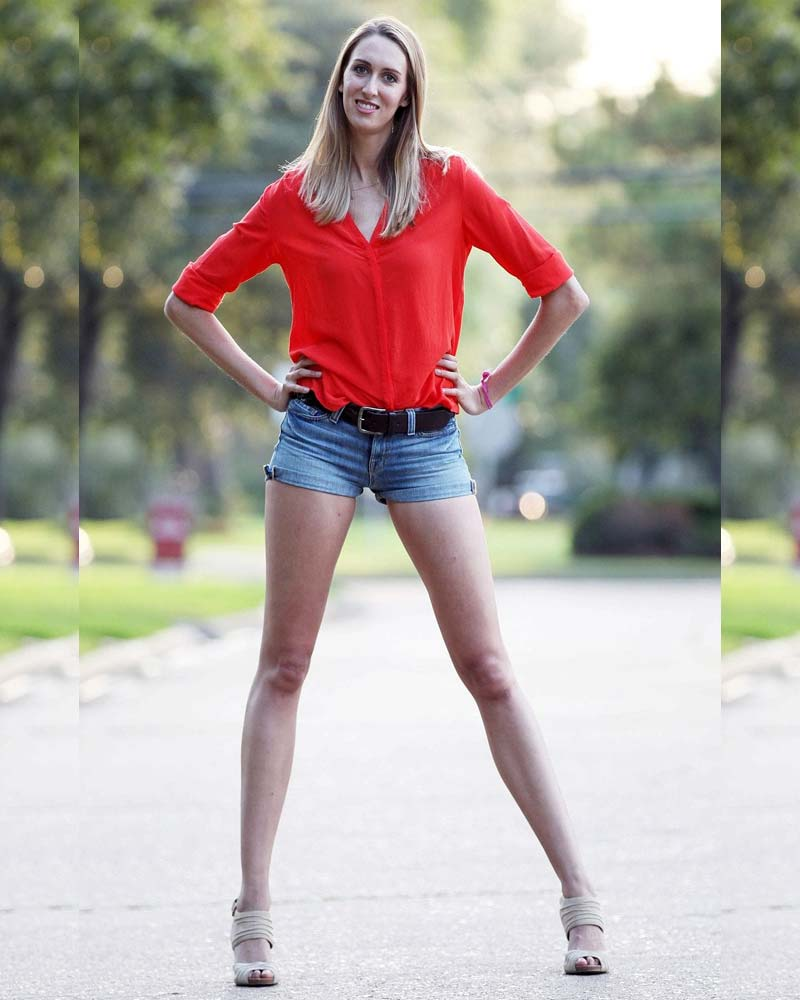 Women with extremely long legs