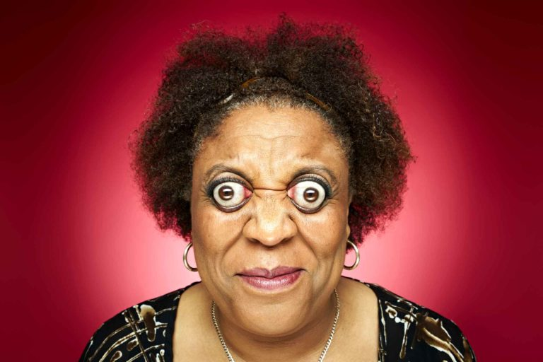 The woman who can pop out eyes