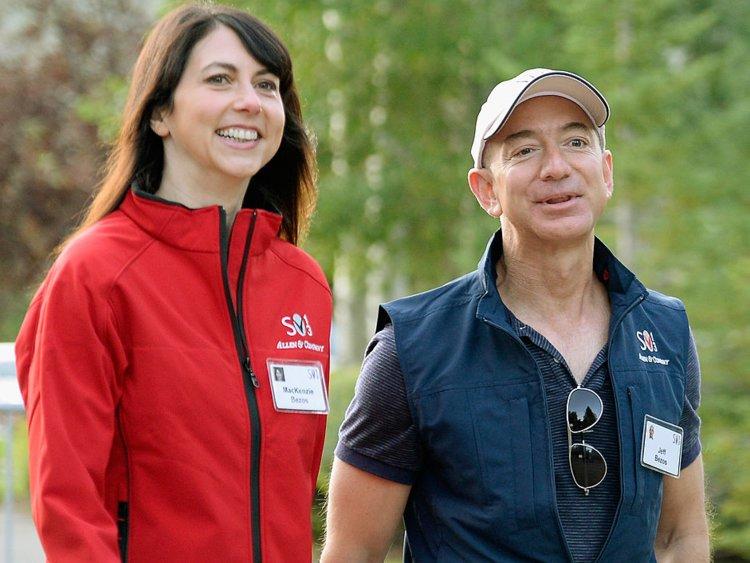 Amazon CEO Jeff Bezos and Mackenzie Bezos are Divorcing