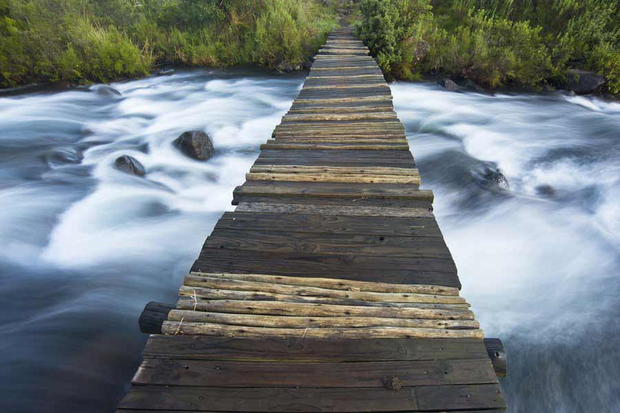 Footpath over Del 'Mhlwazini River, South Africa