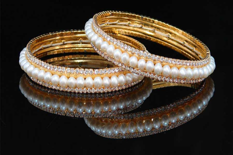 Ghungroo and Pearl Studded Bangles
