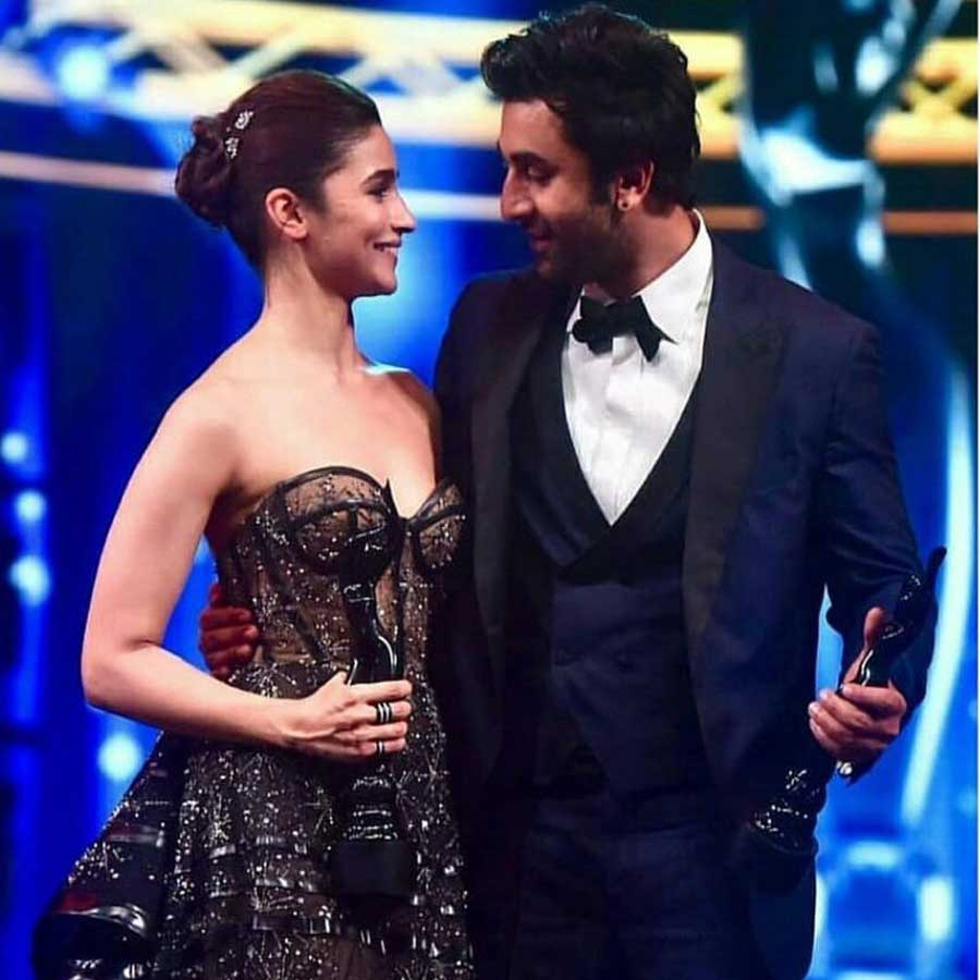 Alia Bhatt and Ranbir Kapoor bagged the best actor and best actress award