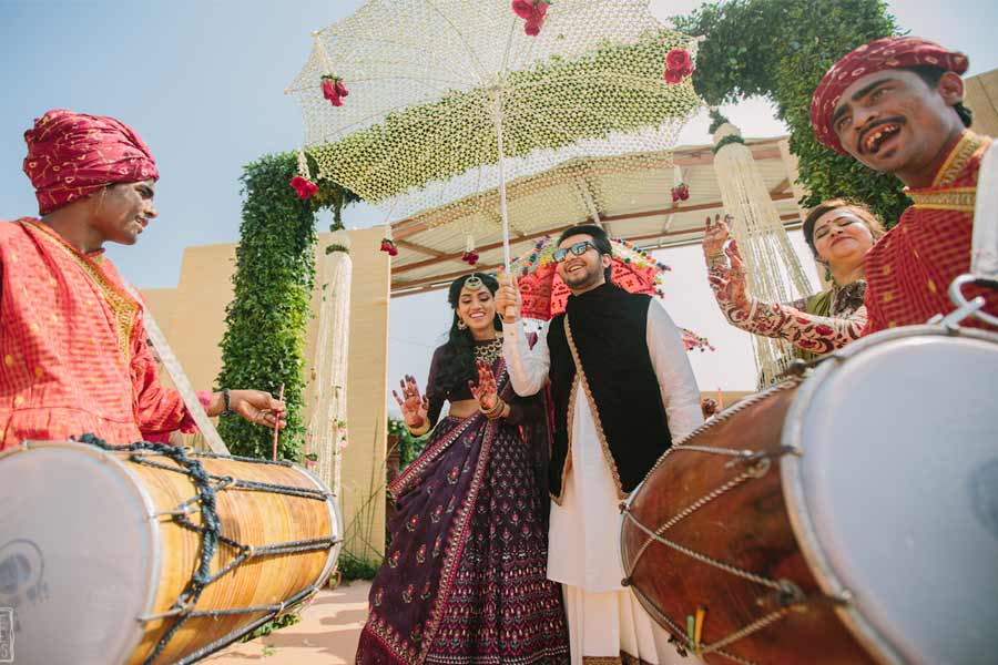 Let the bride's Fambam play the desi dhol at the entry