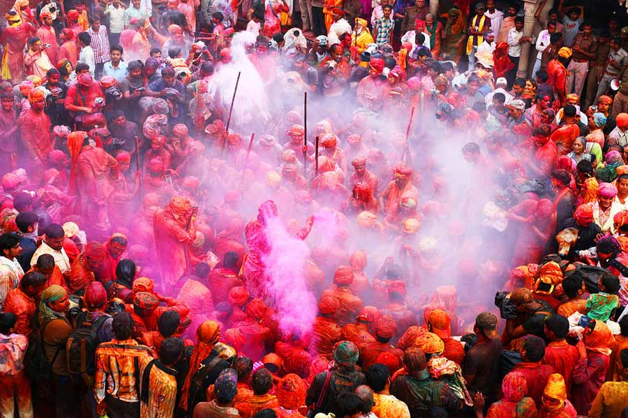 Different Forms Of Holi Celebration Around In India