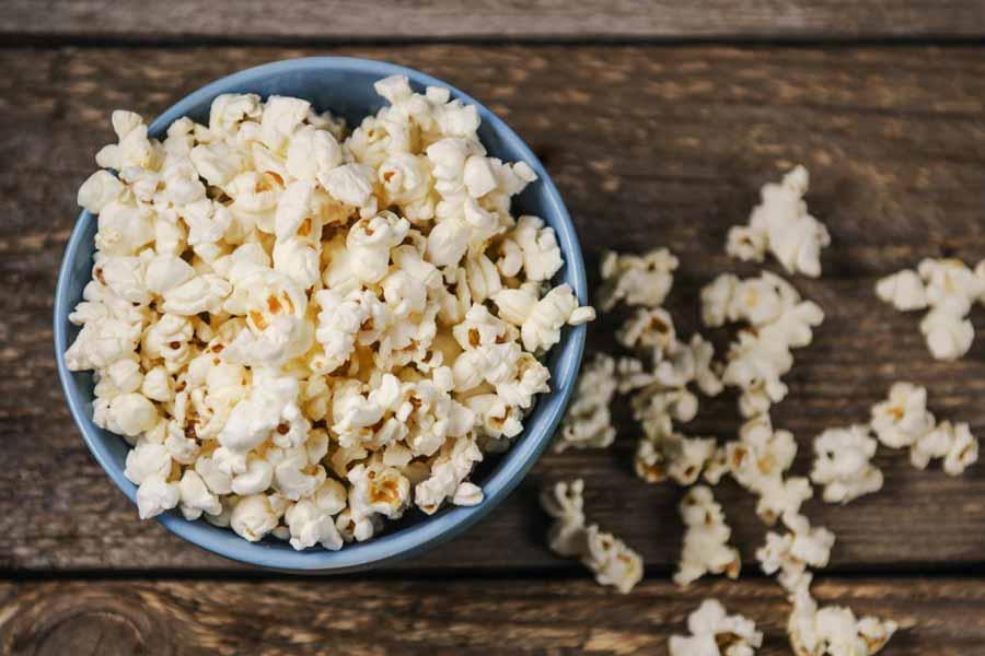 Eat Popcorns