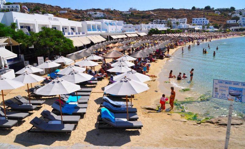 Platys Gialos Beach