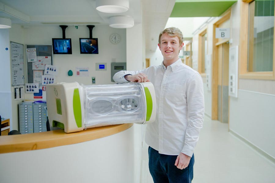 low-cost incubator for premature babies