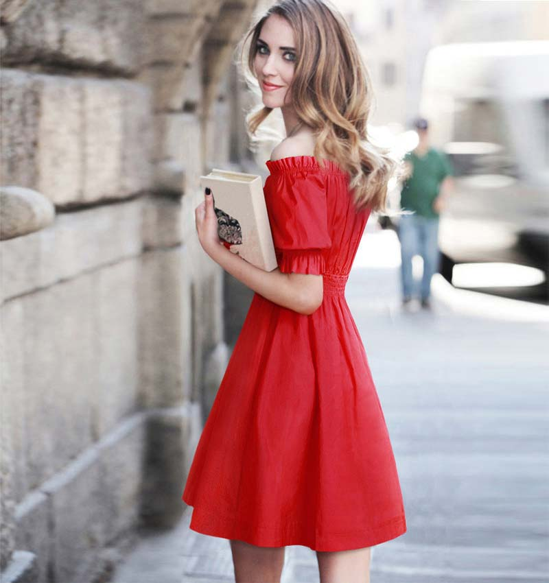 Puffed shoulder dress