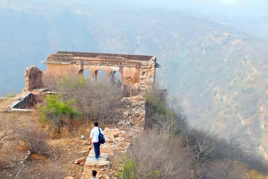 Trekking on Chour Ghati in Jaipur