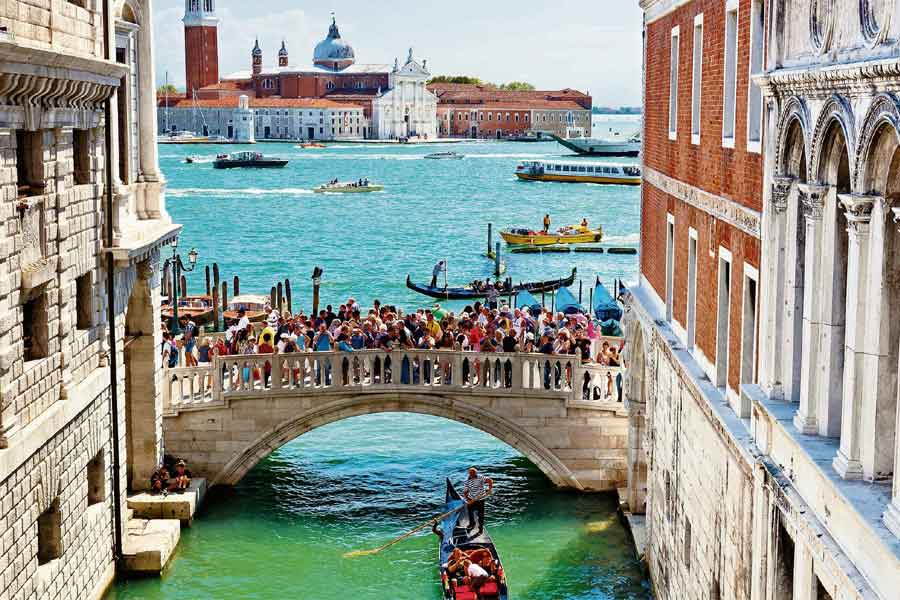 Venetians are unhappy about unsustainable tourism