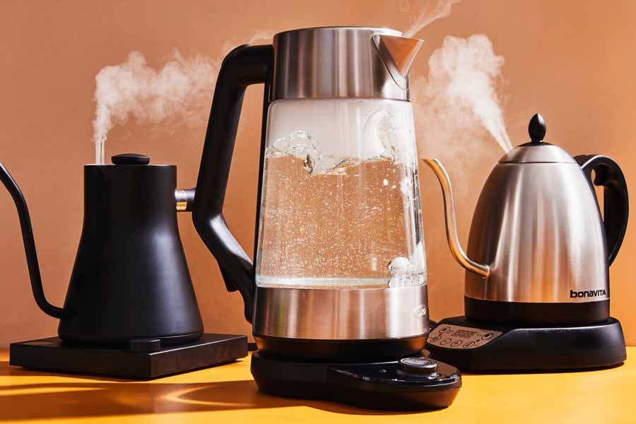 Boiling the Water in Hot Kettle