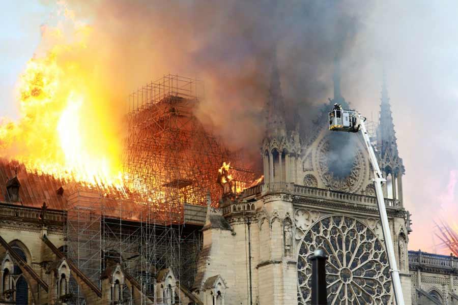 Paris' Notre Dame fire insident