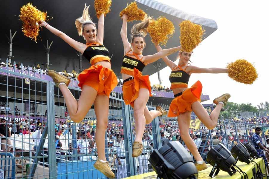 Sunrisers Hyderabad cheerleaders
