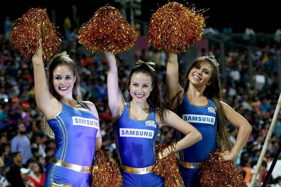 Delhi Capitals cheerleaders