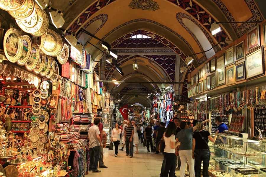 Go for shopping at Chor Bazaar
