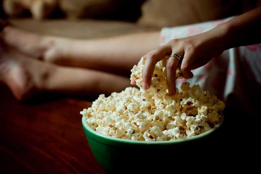 Popcorn prepared in the microwave