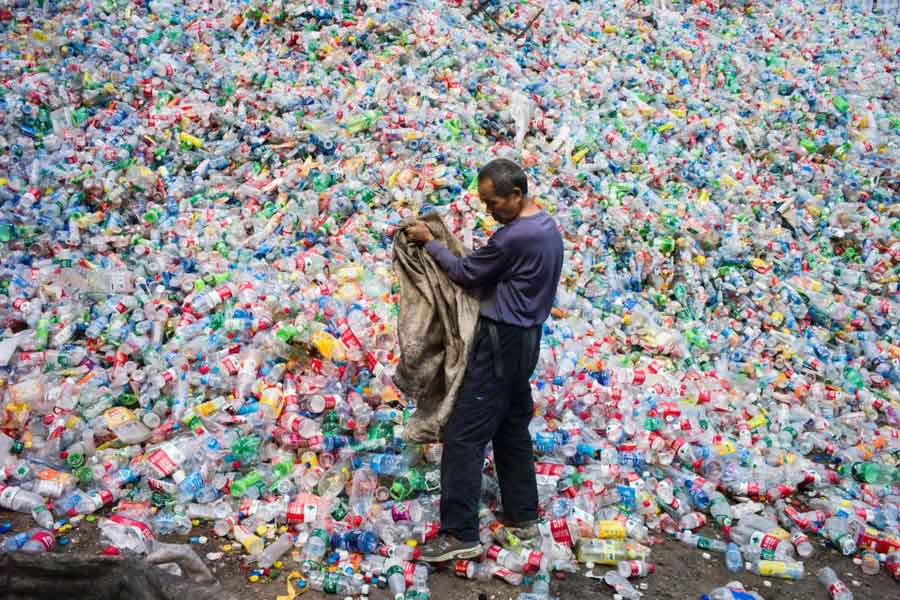 The recycling organisation makes use of famous singers to motivate people to return back the used bottles