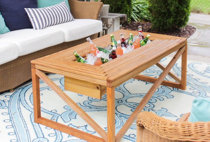 Table for Coffee/Drinks