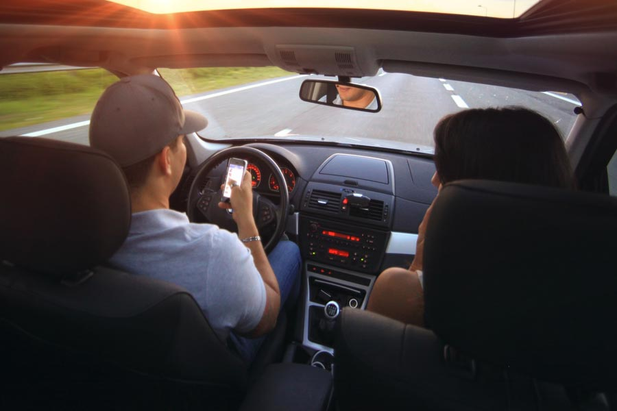 Common Mistakes While Driving
