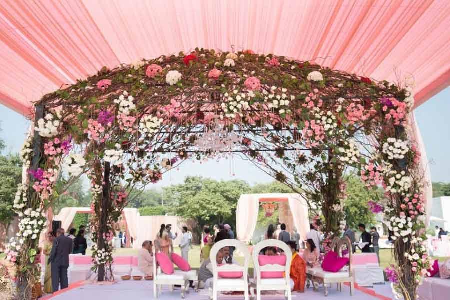 Lily theme mandap for a beach wedding