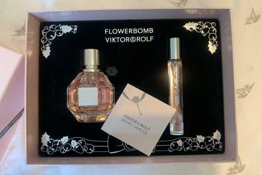 The Flower bomb Perfume