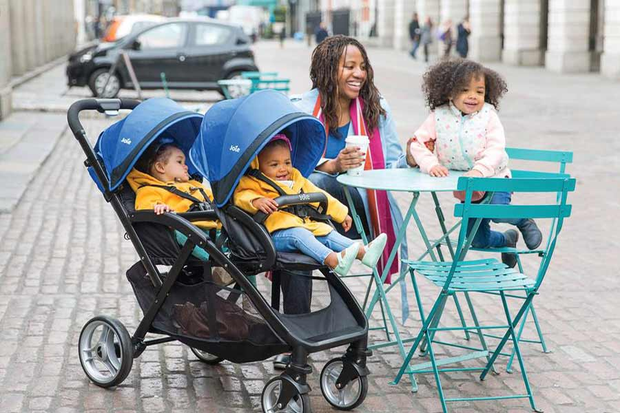 don't keep mobile in Your Kid's Stroller