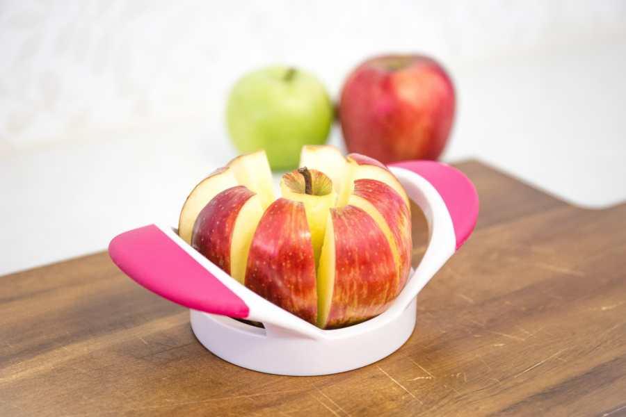 Apple slicer or corer