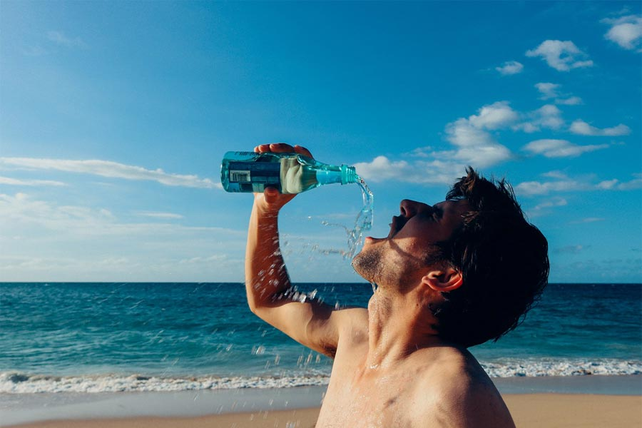 Tips To Beat Dehydration During This Summer Season