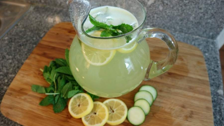 Cucumber mixed with lemon juice