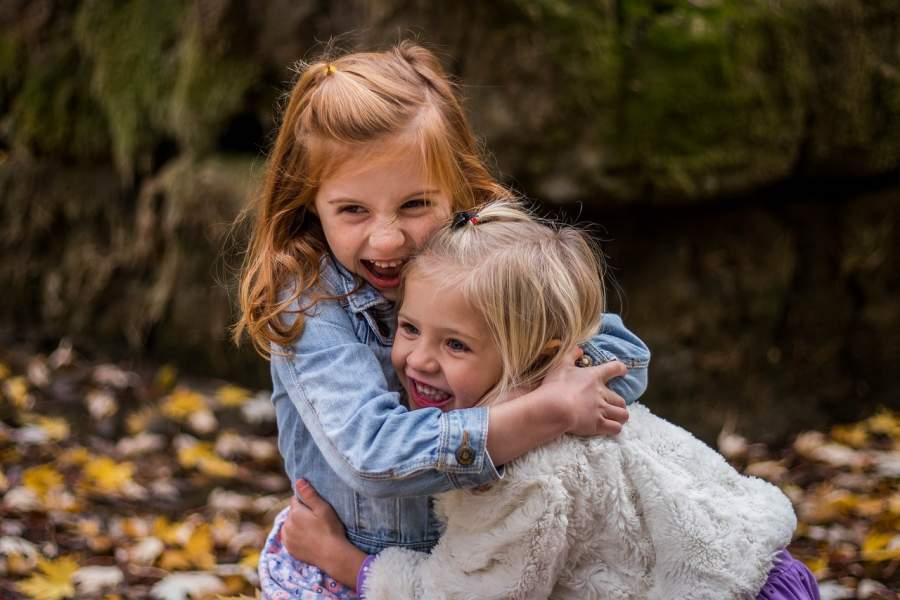 7 Reasons Why You Love Your Elder Sister More Than Anything in This Whole World