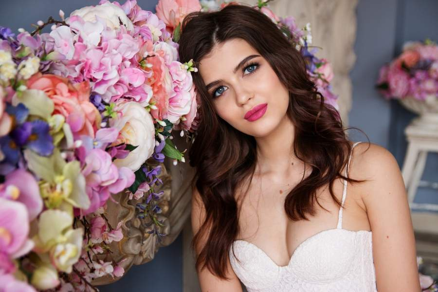 7 Beauty Hacks To Look Beautiful on Your Wedding Day