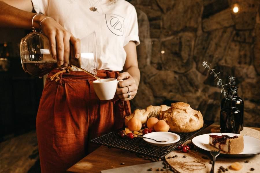 drinking tea too often organizes your brain regions