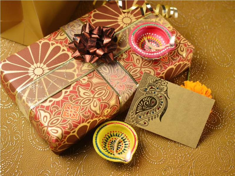 5 Personalized Gift Items for Diwali