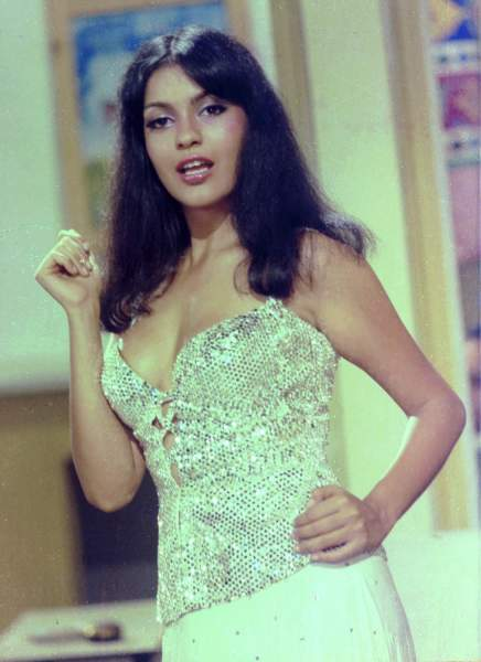 Zeenat Aman's father died when she was very young
