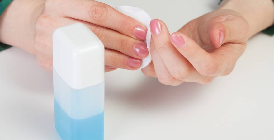 6 Amazing Benefits of Using A Nail Polish Remover