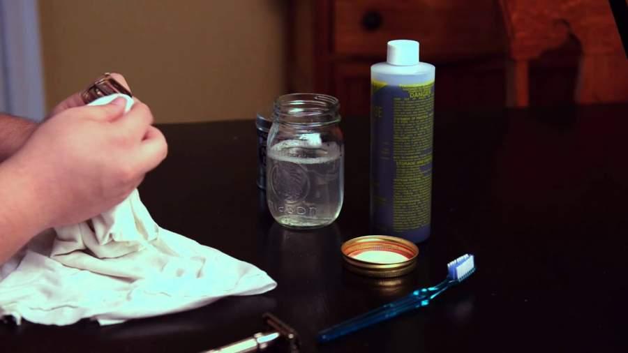 Nail polish remover sanitize your razors