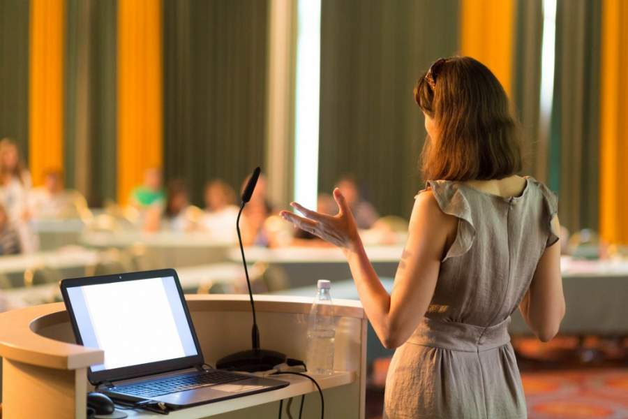 Tips To Overcome Your Public Speaking Anxiety