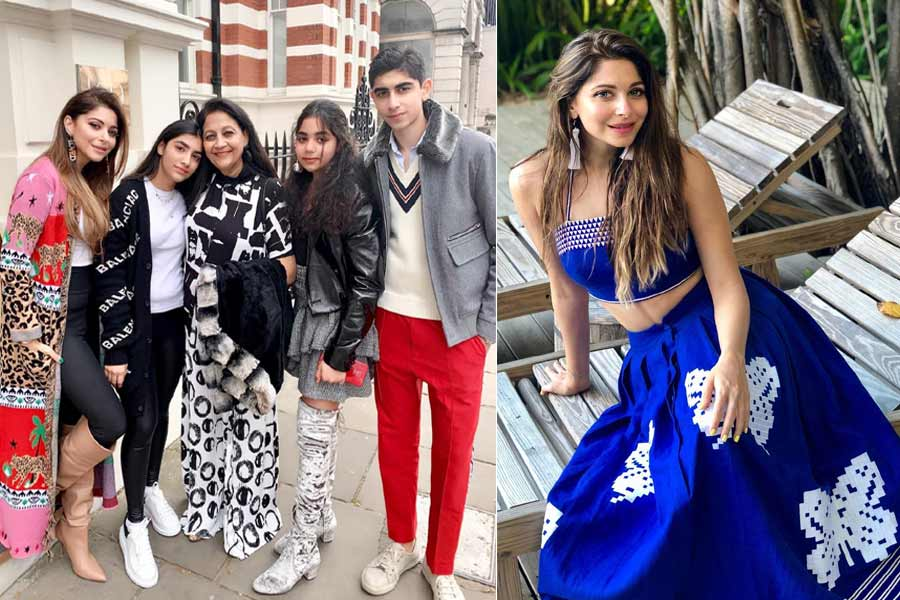 Story of Famous Bollywood Singer Kanika Kapoor